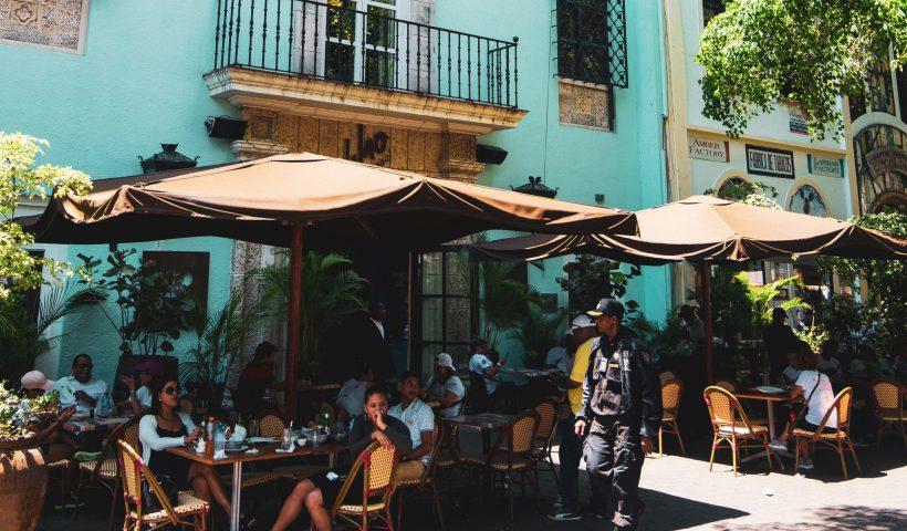 zomer terras café wattedoeninlede